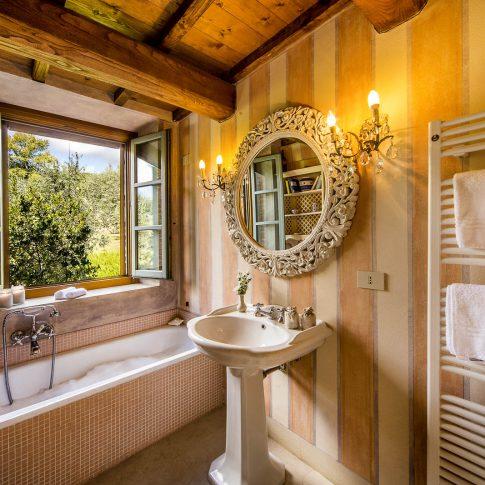 servizi foto video di case immobiliari ristoranti hotels barche bagno country chic con vasca
