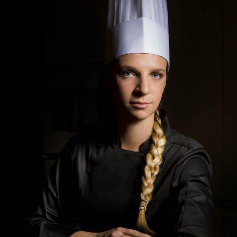 fotografia food ristoranti piatti cibo ritratto chef donna
