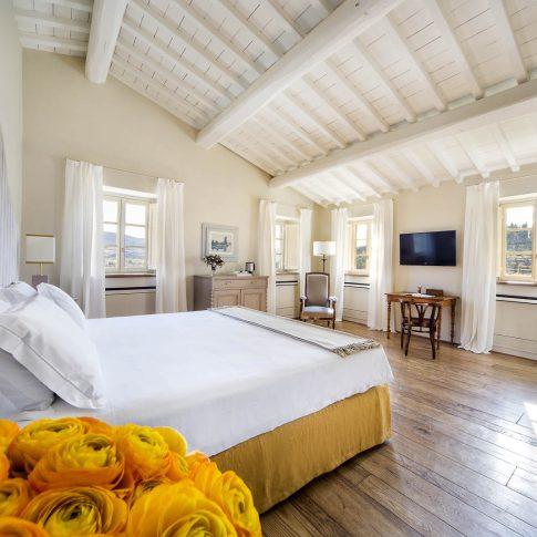 servizi foto video di case immobiliari ristoranti hotels barche camera letto
