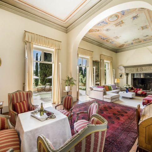 servizi foto video di case immobiliari ristoranti hotels barche interno villa lusso