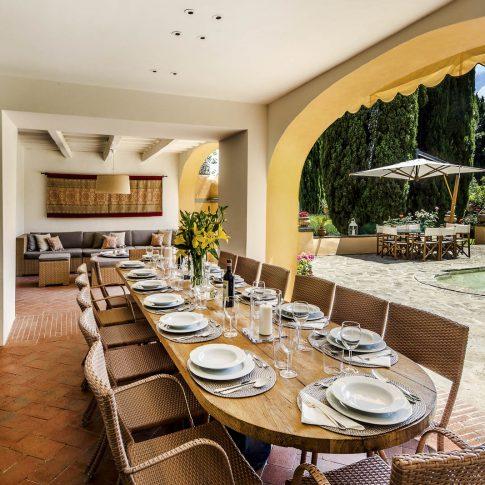 servizi foto video di case immobiliari ristoranti hotels barche patio lusso con giardino e fontana
