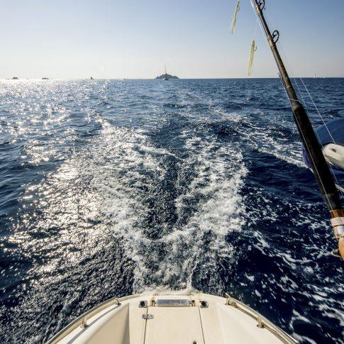 barca mare poppa canna da pesca spacegraphs