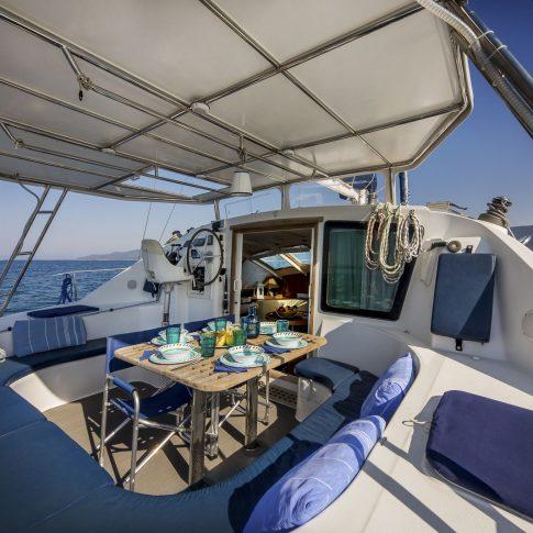 barca pozzetto tavola apparecchiata spacegraphs