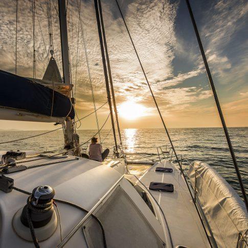 barca a vela tramonto spacegraphs