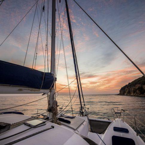 barca al tramonto spacegraphs