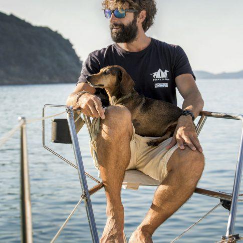 barca capitano cane spacegraphs ritratto