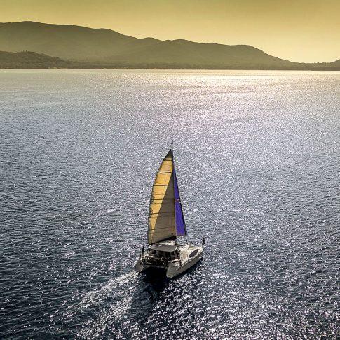 barca a vela tramonto mare spacegraphs