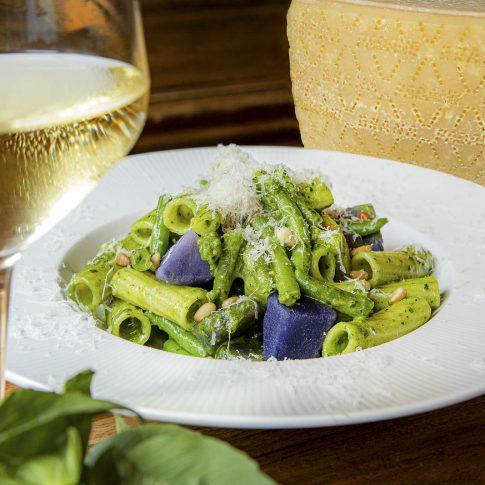 fotografia food ristoranti piatti cibo pasta grana padano