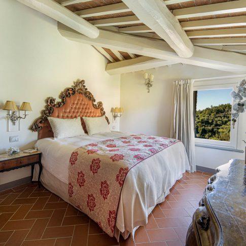 servizi foto video di case immobiliari ristoranti hotels barche camera da letto con orchidea